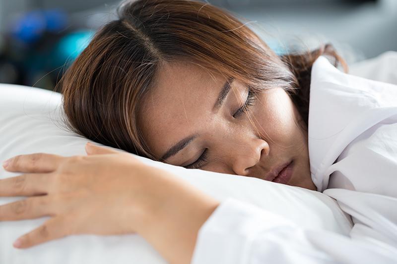 can't-sleep-how-to-fall-asleep.jpg