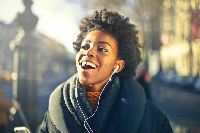 happiness-hormones-listening-music.jpg