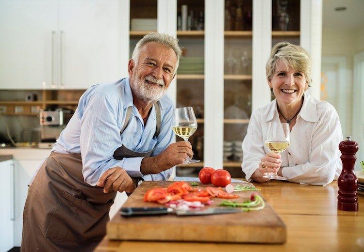 benefits-gratitude-practice-prepare-meal.jpg