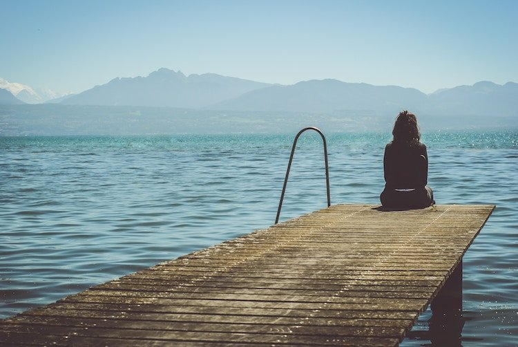 cherophobia-fear-of-happiness-depression-sadness.jpg