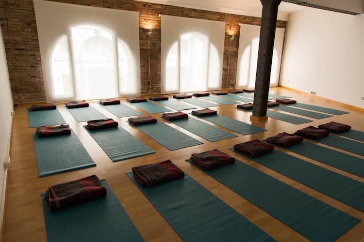 best-yoga-studio-barcelona-la-shala.png