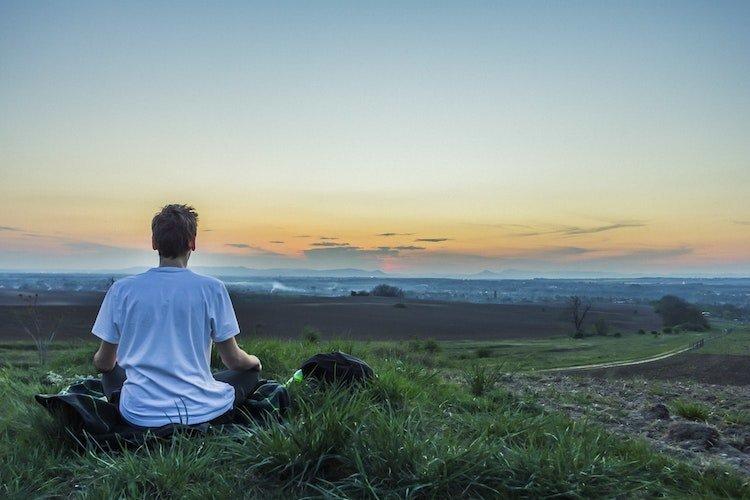 meditation hilft resilienz aufzubauen.jpg