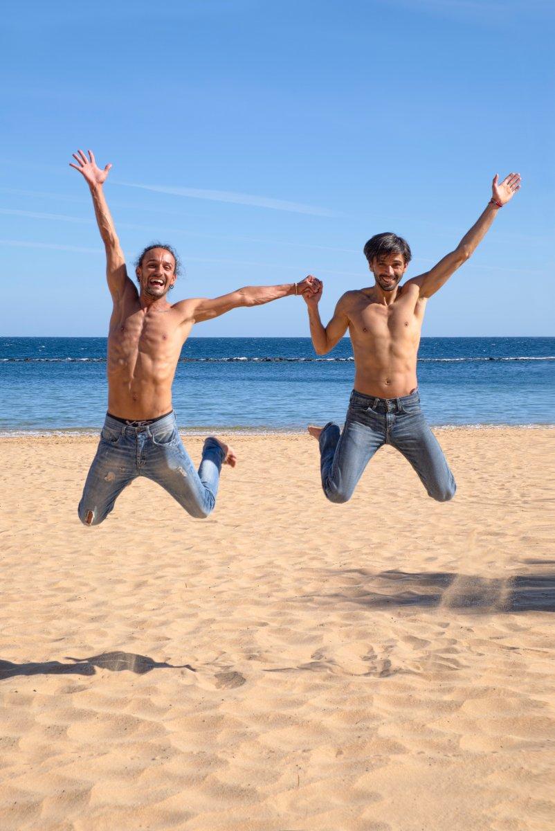queer-artikel-streben-nach-glück-schwules-paar.jpg