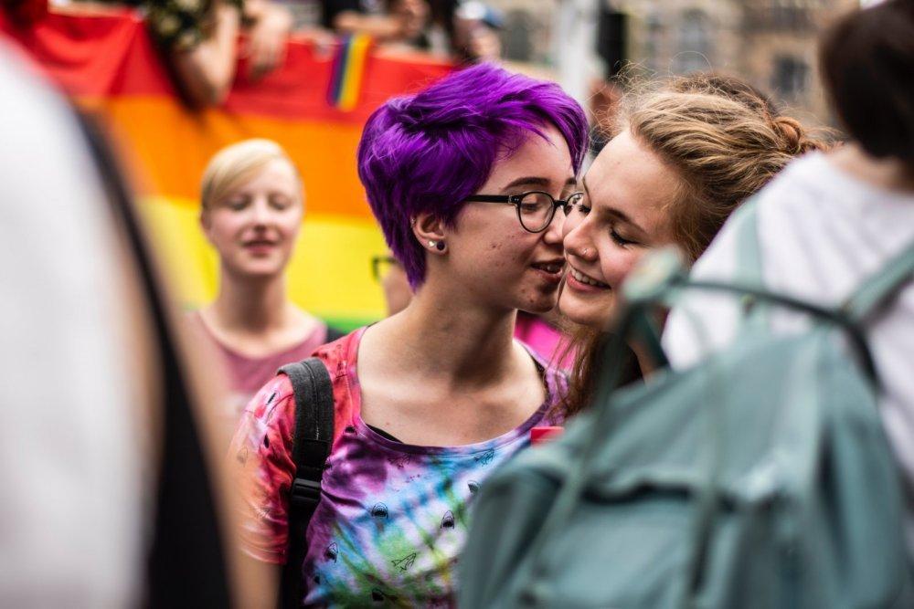 happy-gay-queer.jpg