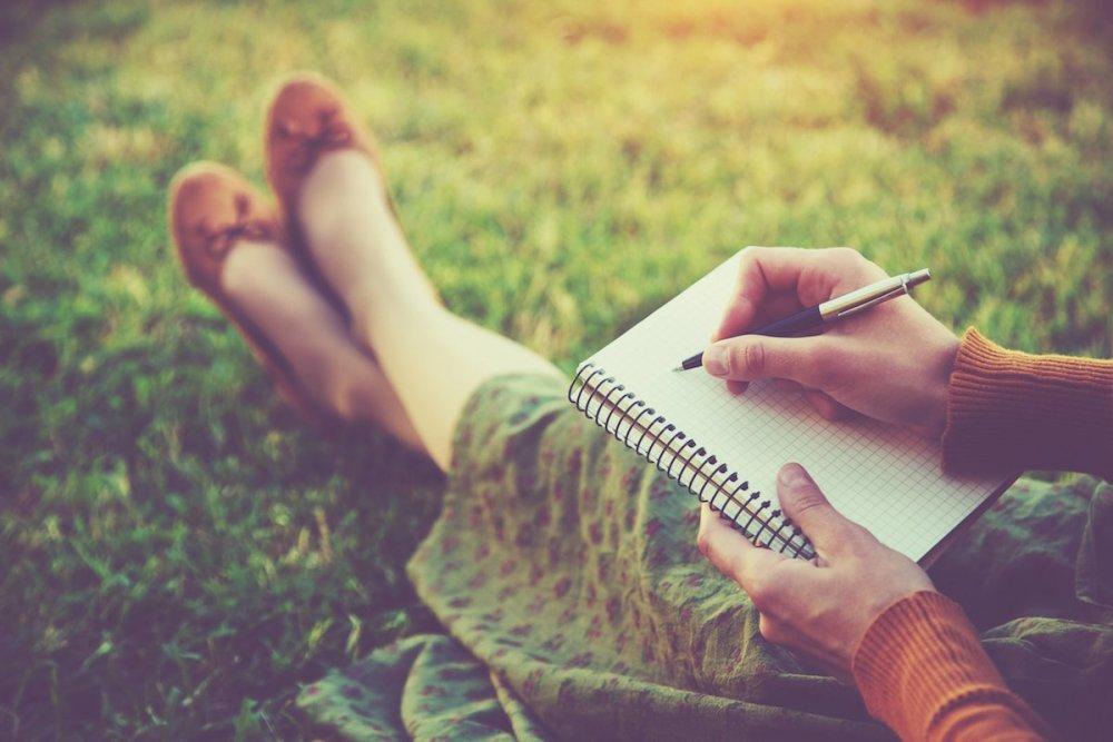 what-is-future-self-journaling.jpg