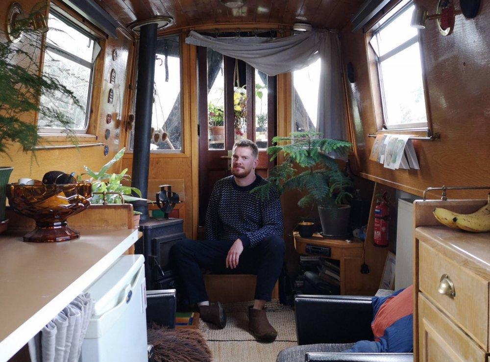 houseboat-living.jpg