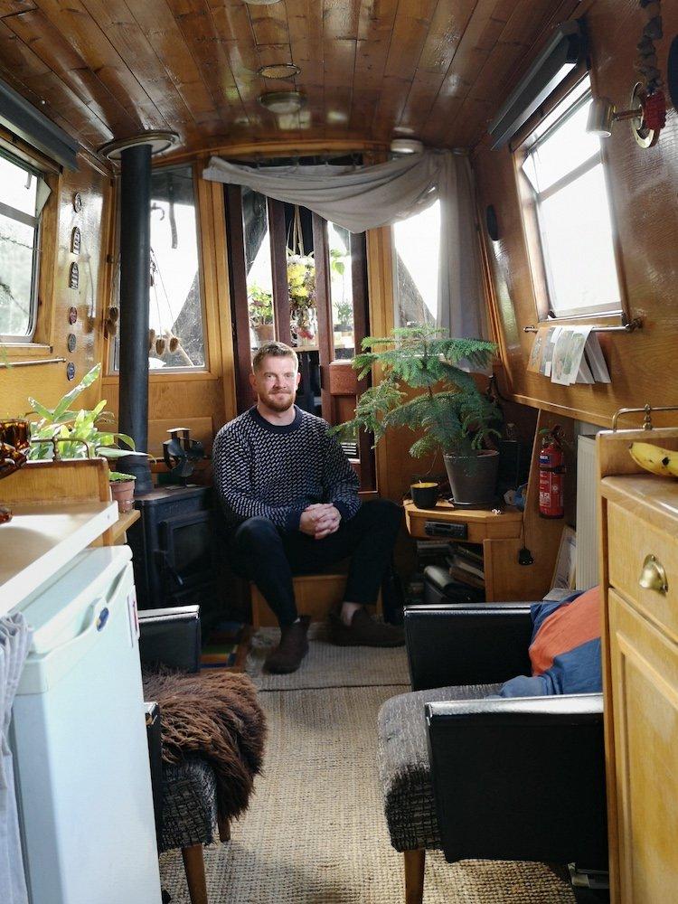 life-on-a-house-boat.jpg