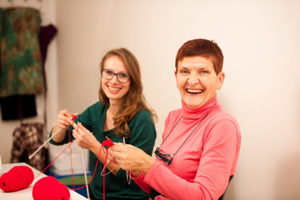 health-benefits-of-knitting.jpg